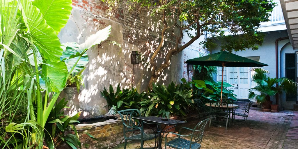 Lush courtyard at the Place D'Armes Hotel