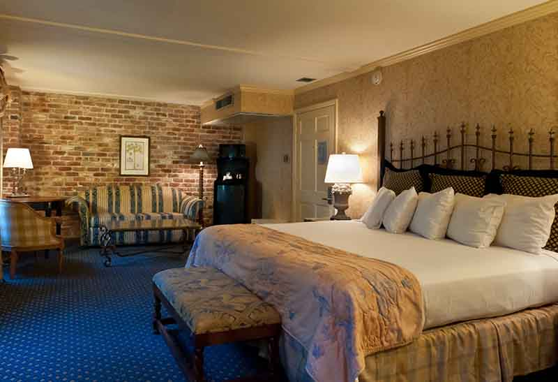French Quarter Hotel Room Reservation New Orleans Bourbon Street